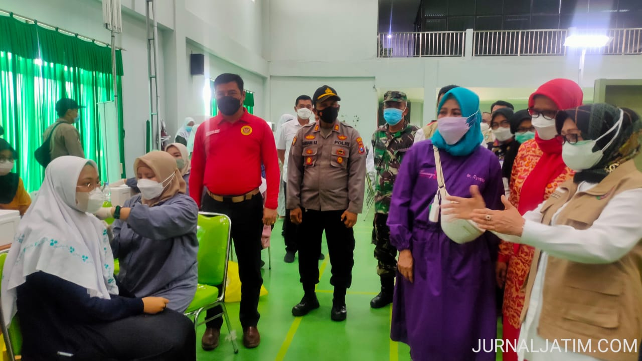 Sambut PTM, BIN Jatim Vaksinasi Santri Pesantren Denanyar Jombang