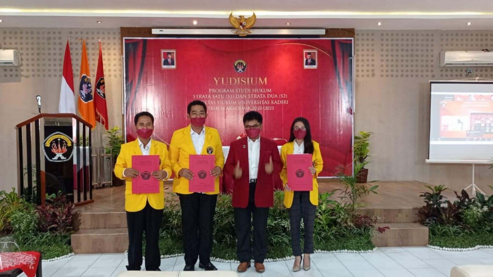 Anggota Polres Jombang Terbaik 2 di Yudisium Pascasarjana Unik 2021