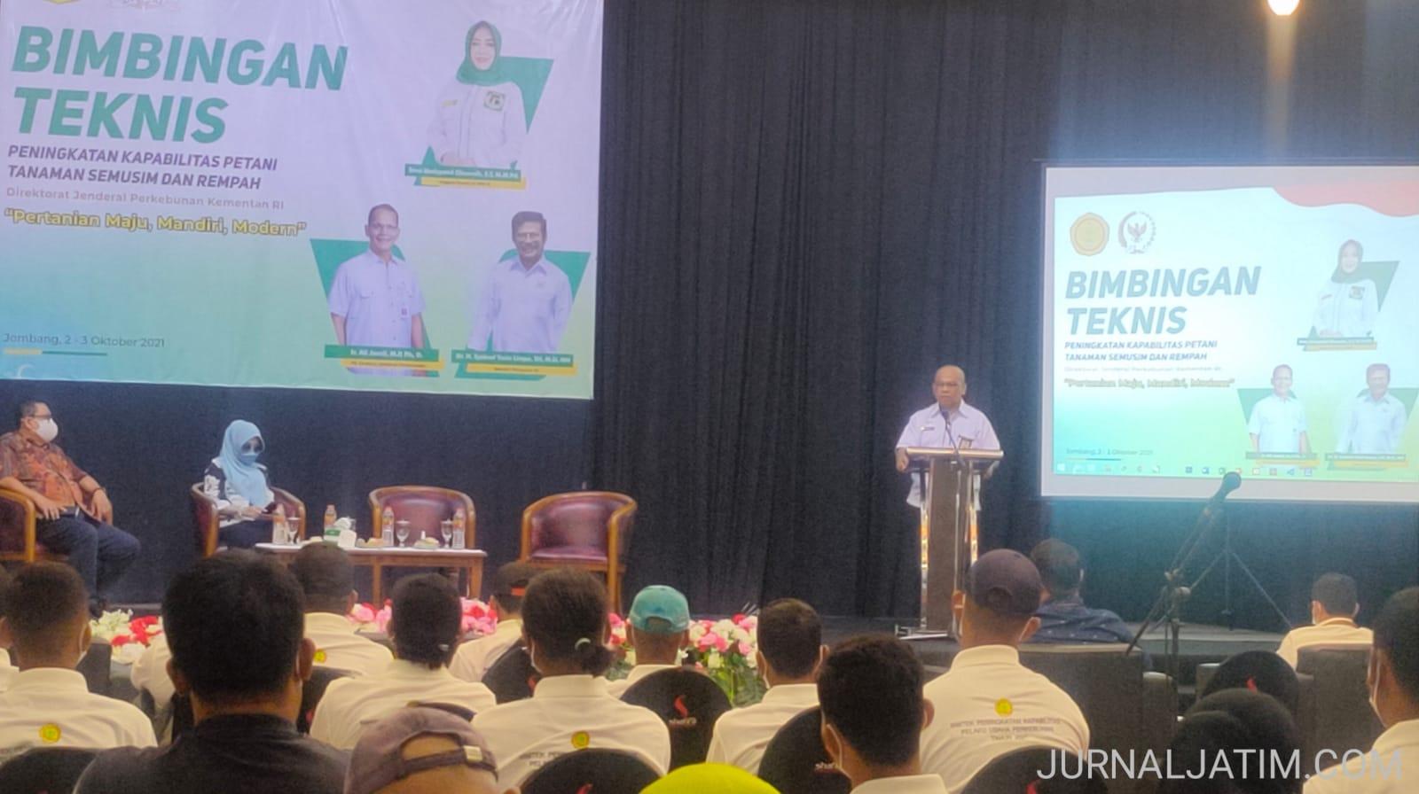 Petani Tebu di Jombang Digerojok Bantuan Rawat-Bongkar Ratoon 900 Ha