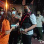 Polisi Patroli Prokes Jaga Tren penurunan Kasus COVID-19 di Jombang